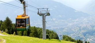 Frühling in Schenna: Wandern mit fantastischen Aussichten auf das Meraner Land, Südtirol